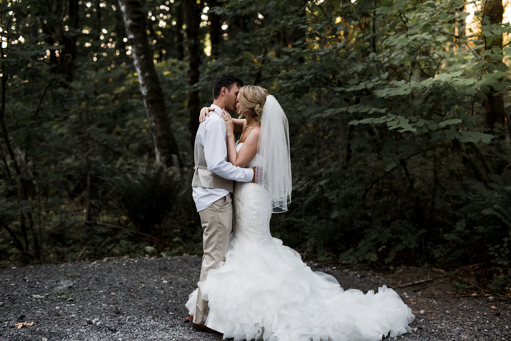 Summit Grove Lodge Washington Wedding