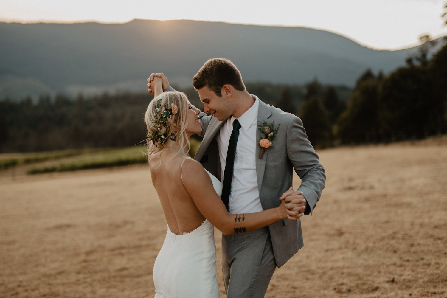 Husum Highlands Columbia River Gorge Wedding